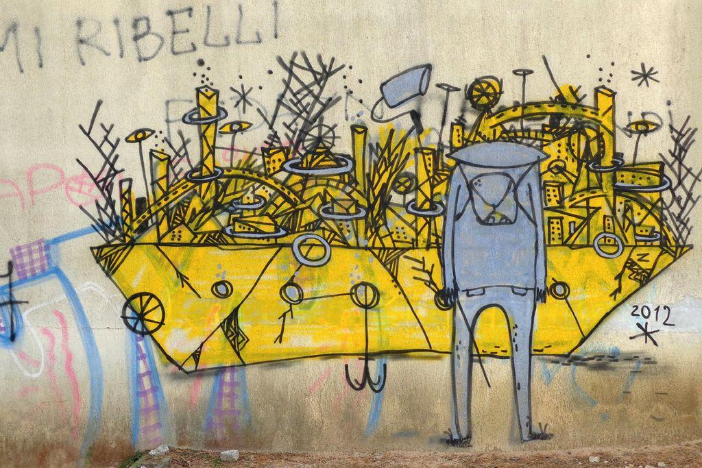 Mit Graffitti besprühte Wand