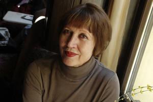 Portraitaufnahme von Elfriede Czurda