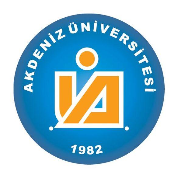 Das blau-gelbe Logo der Akdeniz University.