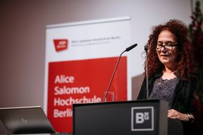 Verleihung des Alice Salomon Awards 2018 an Urmila Chaudhary