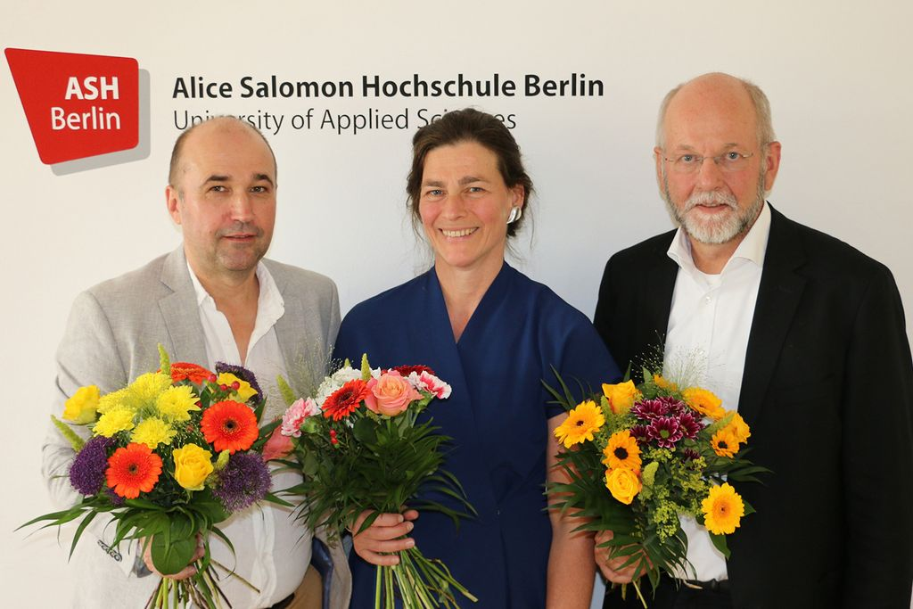 Vergrößern: Das neue Rektorat der ASH Berlin ab dem 1. Oktober 2018: Prof. Dr. Olaf Neumann, Prof. Dr. Bettina Völter und Prof. Dr. Nils Lehmann-Franßen