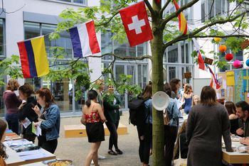Der International Day 2017 im Innenhof der ASH Berlin
